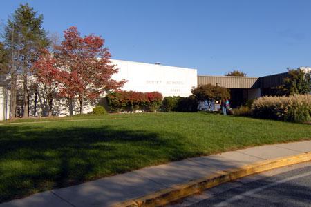 DuFief ES building